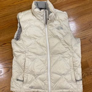 North face large puffer vest women's